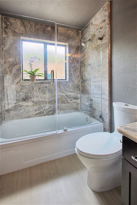 Bathtub With Glass by Frameless Glass Door And Panel A Bathtub