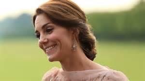 Kate middleton recycles stunning jenny packham gown for gala dinner