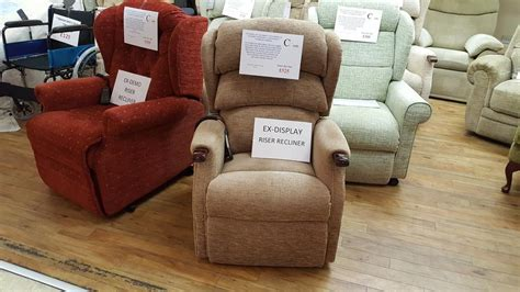 used riser recliner chairs top brand riser recliner chairs at unbeatable prices in