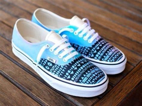aztec pattern vans shoes shoes blue vans black white blue shoes white shoes