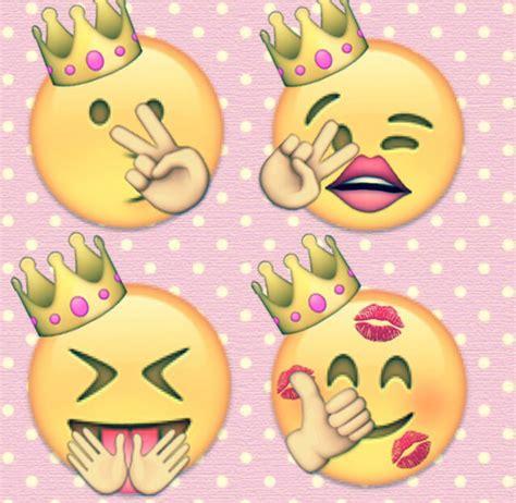 emoji edits wallpaper another of my emoji edits girls selfies are just