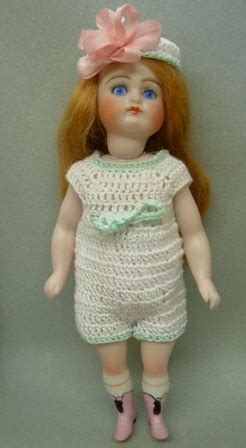reproduction frozen dolls 17 best images about annabelle s competition on