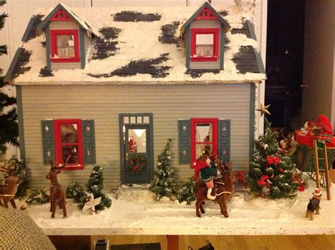 christmas dolls house christmas doll house little houses pinterest