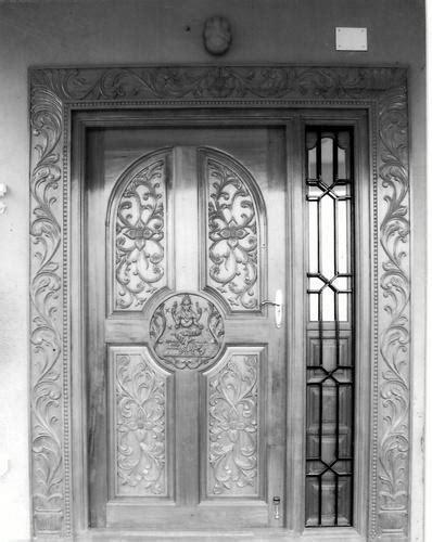 traditional main door manufacturer  chennai