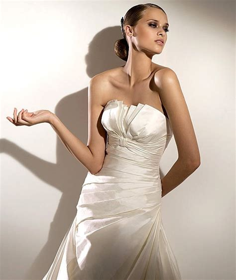 5 Wedding Gown Trends For 2010 by Wedding Dress Trends For 2010