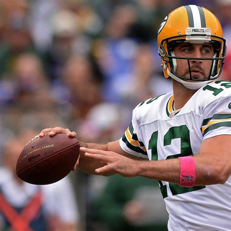 aaron rodgers of green bay packers defends leadership style why aaron rodgers is poised for massive performance
