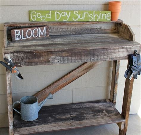 wood pallet potting bench great use of diy pallet potting bench in home 99 pallets