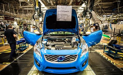 volvo plant giving swedish auto suppliers hopes  entering  market    assembly