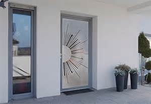 euradif pr 233 sente 16 nouveaux panneaux en verre pour portes