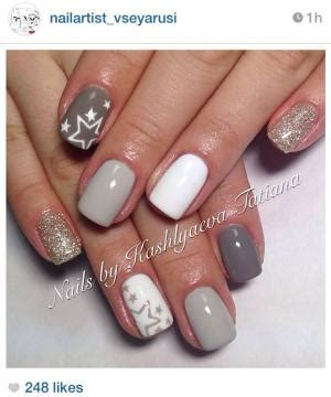 Alba 033 White Silver nails i like the white and gold glitter combo might try