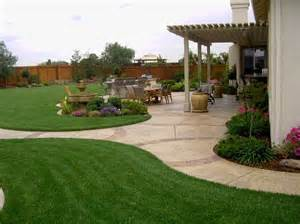 Big Backyard Design Ideas 25 Best Ideas About Large Backyard Landscaping On