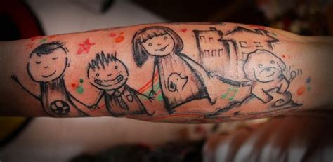 tattoo on hand family 25 inspirational family tattoo designs colorlap