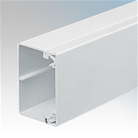 pvc bench trunking gilflex tc11whi white commercial industrial pvc trunking length 75mm x 50mm 3m length
