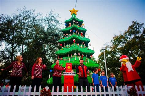 legoland christmas best theme parks that decorate for the holidays