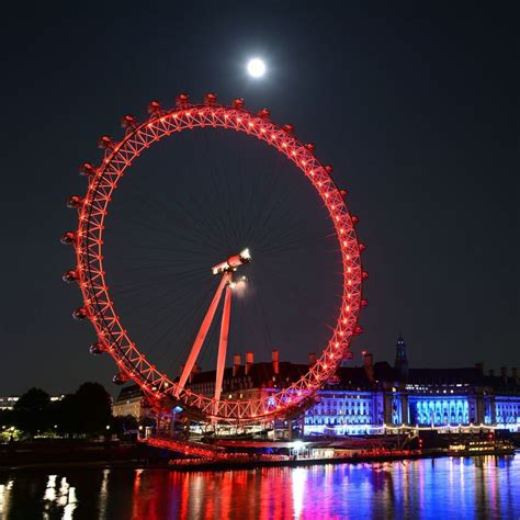 London Eye Tickets Dinner At Pizza Express From