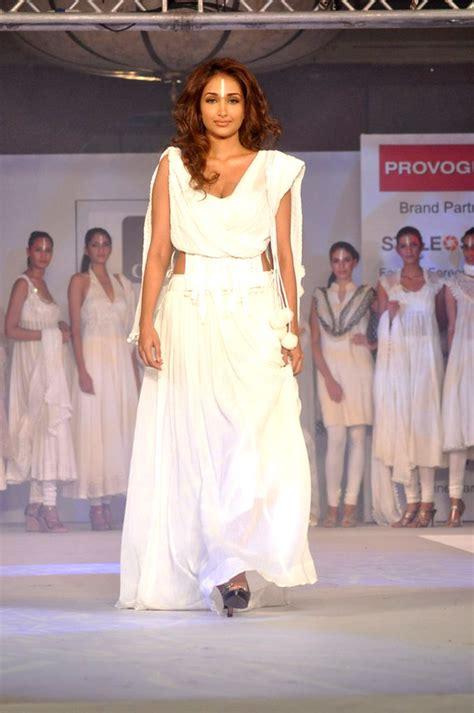 Shiny Fashion Tv The Style Council Is Back by Jiah Khan Cotton Council Fashion Show In Mumbai 21