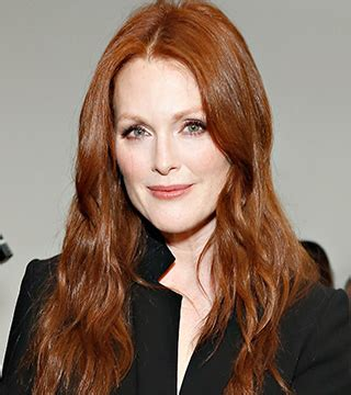 juliet moores hair color julianne moore has gray hair now daily makeover