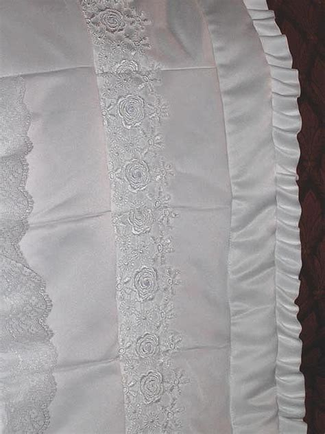 Wedding Dress Quilt by Wedding Dress Quilt Quilt And Wedding Dressses On