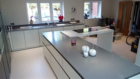 Kitchen Island With Granite Top And Breakfast Bar Grey Krion Bright Concrete Amp White Krion White Star Worktop