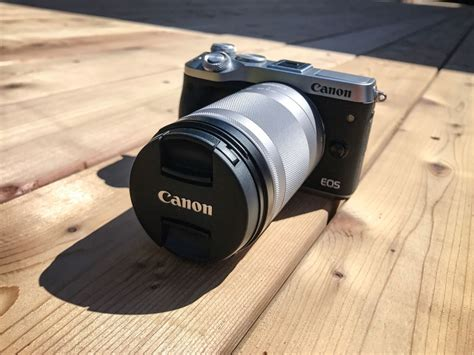 Kamera Canon M6 shooting with the canon eos m6 digital photo magazine