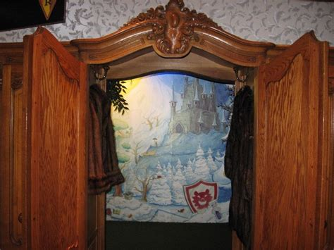 Wardrobe To Narnia by 8 Best Images About Narnia Wardrobe On