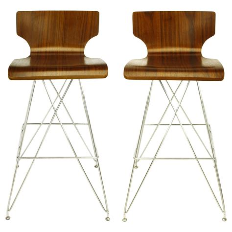 Eiffel Tower Bar Stool by Pair Of Quot Eiffel Tower Quot Chrome And Bentwood Bar Stools At