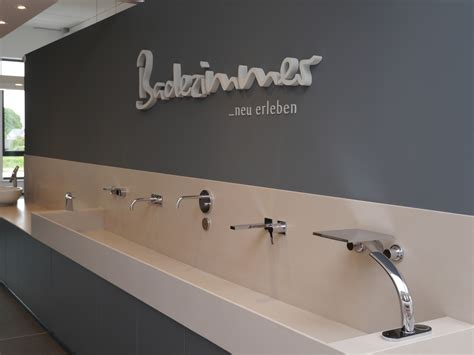 badausstellung krefeld webauftritt studio meuleneers krefeld innenarchitektur