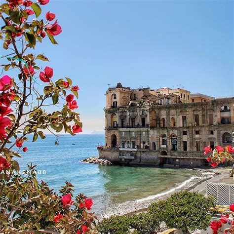 italia napoli best 25 naples italy ideas on sorrento to