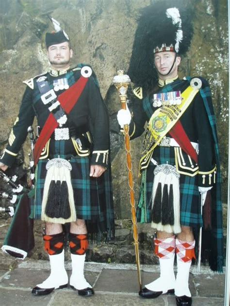 edinburgh tattoo commentator scottish drum major and pipe major from the argyll and
