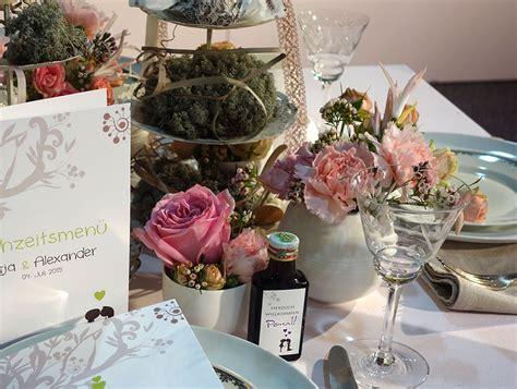 Hochzeitseinladungen Speziell by Hochzeitseinladung Liebesbaum In Braun
