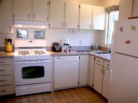 save small condo kitchen remodeling ideas hmd online 28 small condo kitchen designs contemporary kitchen