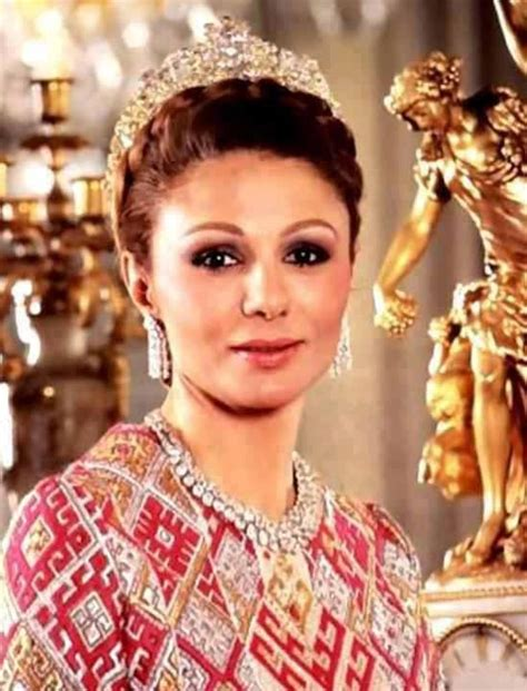 queen farah pahlavi iran 50 iranian women you should know farah pahlavi iran