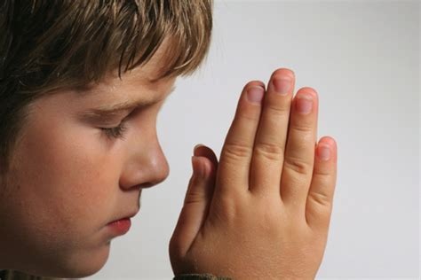 imagenes de alguien orando ni 241 o rezando colegios diocesanos orihuela alicante