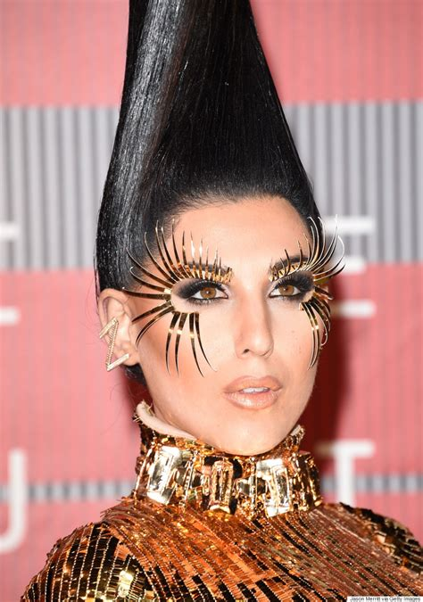 Vma Red Carpet Photos by Z Lala S Mtv Vma 2015 Look Is The Most Outrageous Ensemble