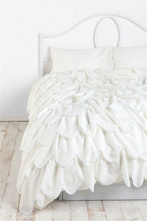 Scalloped Bedding stitched scallop ruffle duvet cover outfitters