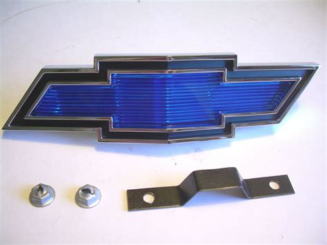 Ford Grille Ornament Emblem Grille 57 72 Car List Cg Ford Parts 1969 Chevelle Grille Emblem Assembly Bowtie With Retainer Ebay