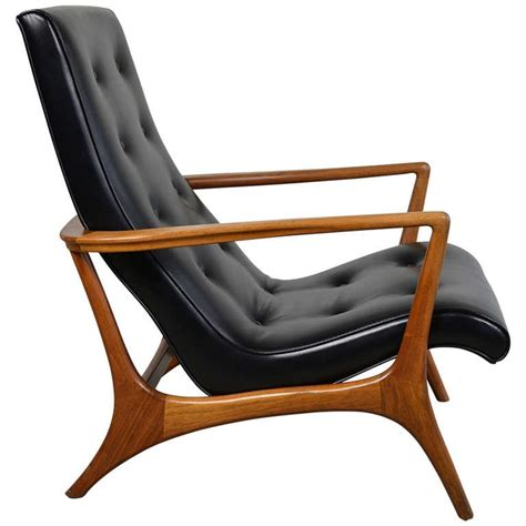 modern lounge furniture mid century modern walnut and leather lounge chair at 1stdibs