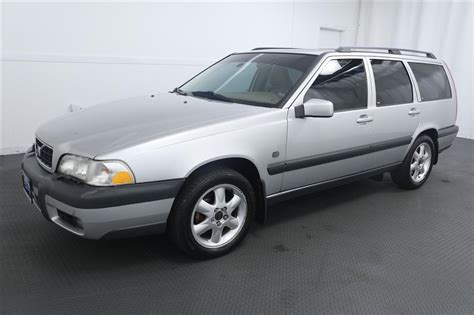 2000 volvo v70 for sale 2000 volvo v70 xc for sale 50 used cars from 1 310