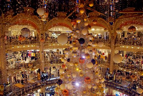 christmas tree in lafayette at galeries lafayette haussmann in 2015 moments