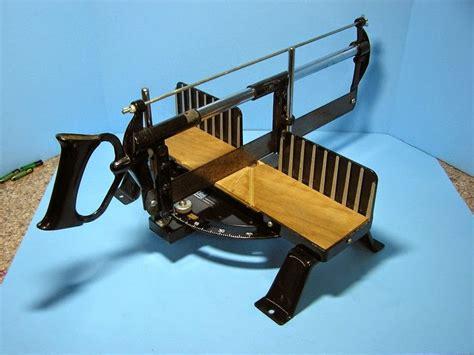 The Valley Woodworker Craftsman Miter Box