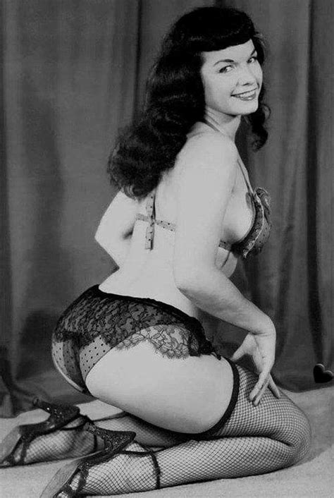Pin by Simon Clarke on Bettie | Vintage photography