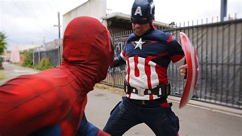 Real Pic Tameng Captain America vs captain america in real