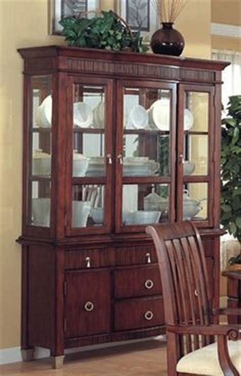 cherry wood china cabinet 1000 images about cherrywood hutches on