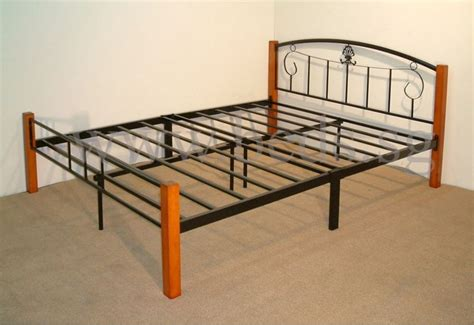 Pretty Metal Bed Frames Best 25 Steel Bed Frame Ideas On Steel Bed Design Industrial Bed Frame And Metal