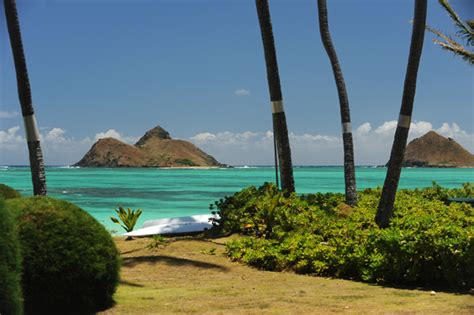 hawaiian vacation homes lanikai beachfront cottage 2 bedroom lanikai front