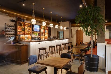 roadhouse restaurant  circle  interiors kamianske