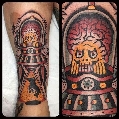 piercing pavia 288 melhores imagens sobre ufo tattoos no