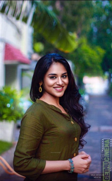 bollywood heroines romantic pics meyaadha maan actress indhuja 2017 cute hd gallery