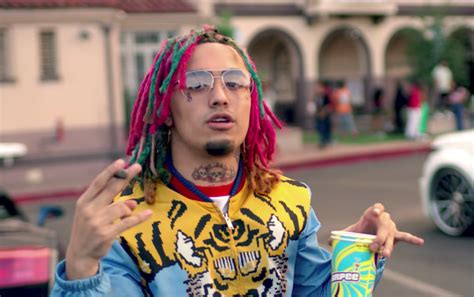 lil pump new tattoo lil pump has the same two tattoos on his face as hisoka