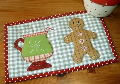 mug rugs free patterns you to see gingerbread mug rug by the patchsmith